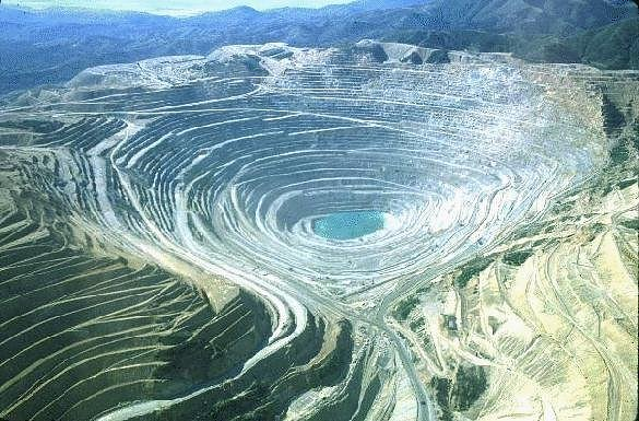 The biggest yet: Bingham Canyon Mine laid bare