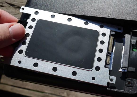 نحوه ی ارتقای RAM و هارد دیسک درایو یک لپ تاپ