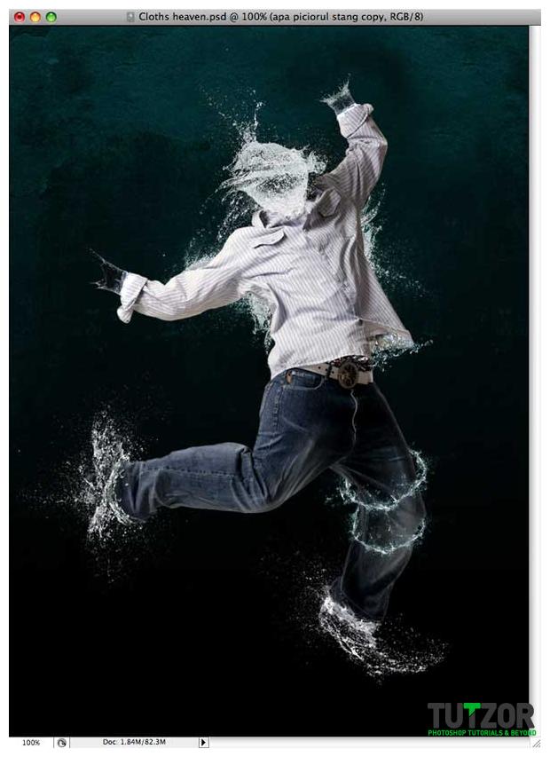 آموزش مونتاژ عکس  یک انسان به کمک افکت آب !
