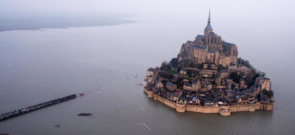 ساکنان شمال اروپا شاهد بزرگترین پدیده جزر و مد بودند