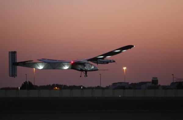 ساخت هواپیمای خورشیدی توسط محققان سوئیسی