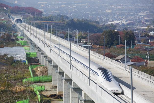 قطار ژاپنی رکورد سرعت جهان را شکست