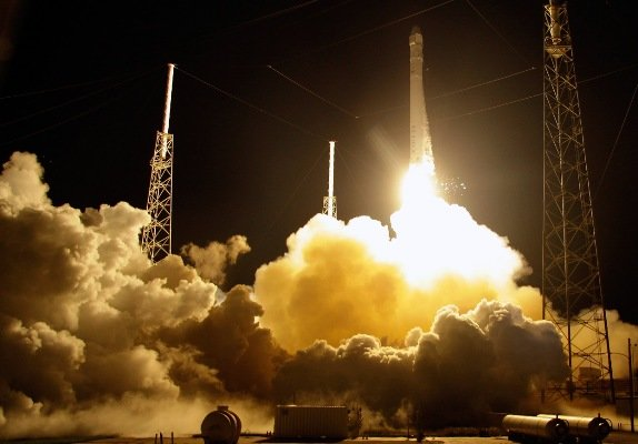 فضاپیما هایی که با استفاده از دی اکسید کربن منجمد سوخت خود را تامین می کنند