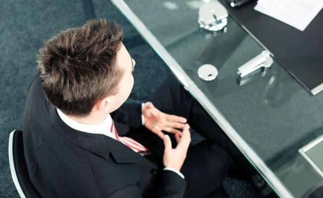 ۸ عامل اساسی برای عدم پذیرش در مصاحبه استخدامی از زبان ۲۰۰۰ گزینش گر