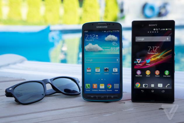 جنگ گوشی های ضدآب: سامسونگ Galaxy S4 Active در برابر سونی Xperia Z
