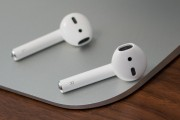 کامل ترین راهنما و بررسی Apple AirPods