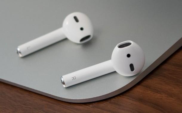 کامل ترین راهنما و بررسی Apple AirPods