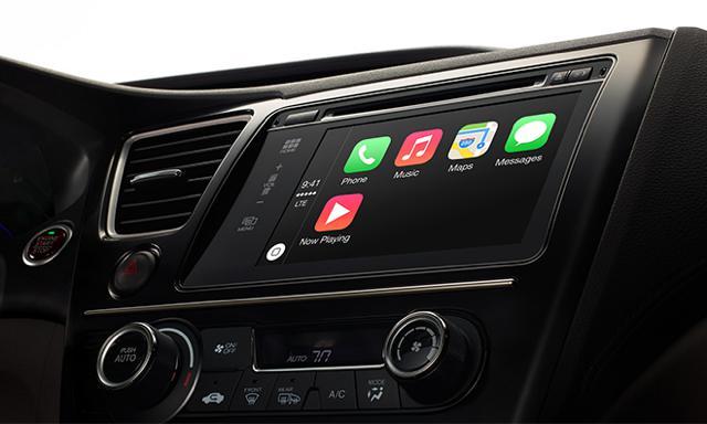 تویوتا در آمریکا، برنامه ای برای پذیرفتن CarPlay و یا Android Auto ندارد