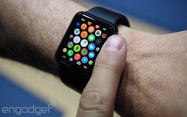 حذف ویژگی های کنترل سلامت از ساعت اپل به علت سنسورهای دمدمی مزاج