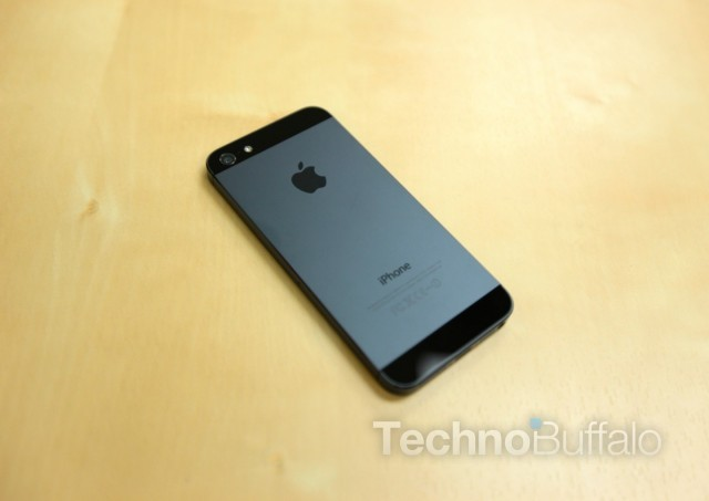 Apple_iPhone_5_Back-640x454