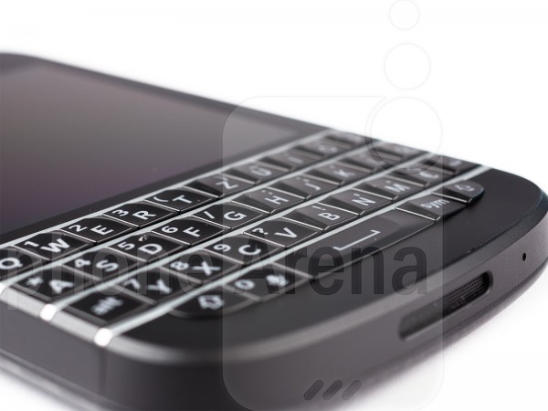 BlackBerry-Q10-15