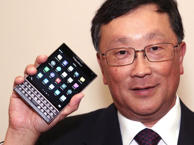 مقایسهی گویا؛ آیفون 6 در برابر HTC M8