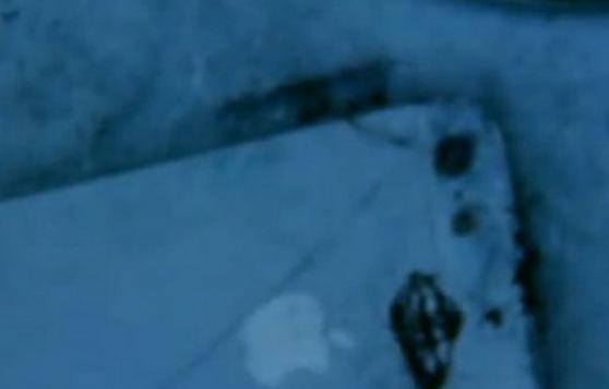 رقابت سامسونگ و اپل در آتش سوزی! این بار آیفون آتش گرفت!