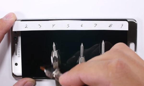 ادعای جالب شرکت کورینگ در مورد خراش نمایشگر Note 7