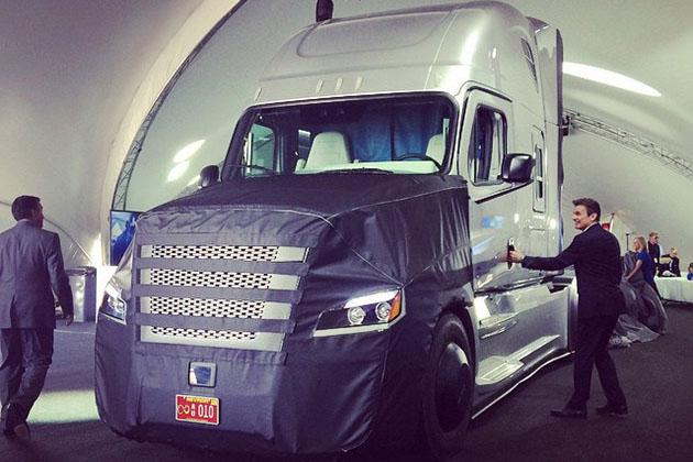 صدور مجوز ورود به جاده برای اولین کامیون خودران