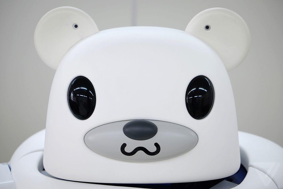 Robobear ٬ ربات ژاپنی برای مراقبت از سالمندان