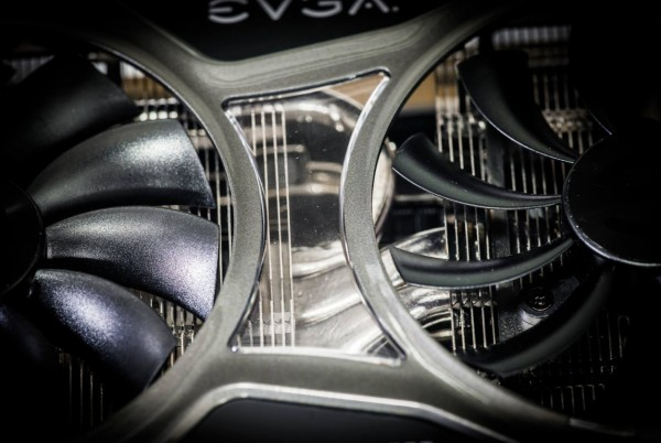EVGA-KingPin-GTX-980-Classified-e1420222798483