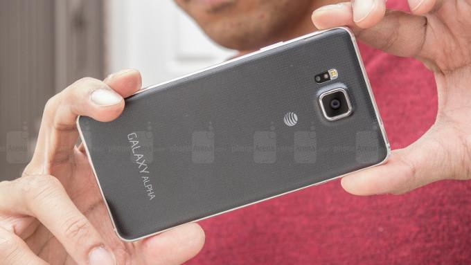 دو تلفنهای هوشمند کوچکی که بهترین دوربین را دارند