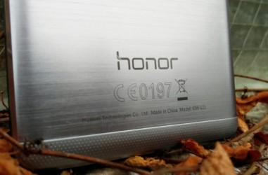 تصویر جدیدی از گوشی بدون حاشیه Honor Magic هوآوی فاش شد