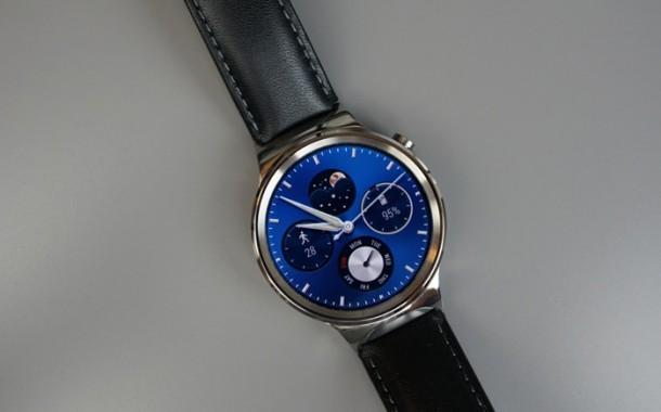 شرکت گوگل در سال آینده، دو ساعتمچی هوشمند با پلتفرم اندروید Wear عرضه خواهد کرد