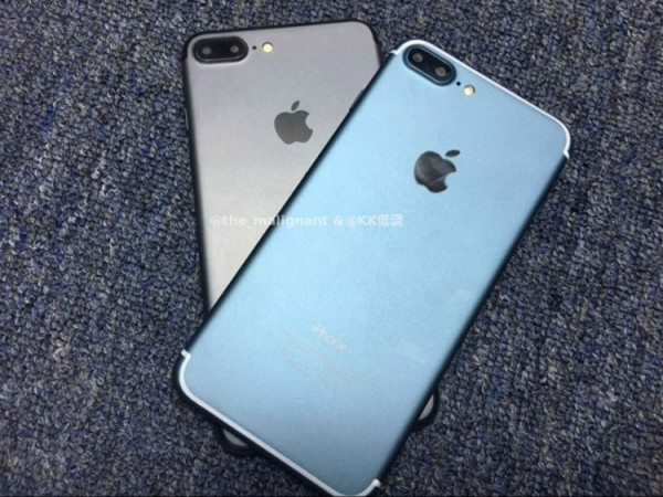 iphone-7-blue-black-600x450