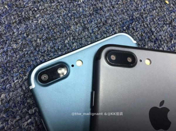 iphone-7-blue-black-600x450