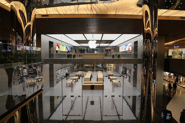 Istanbuls-Apple-store-1