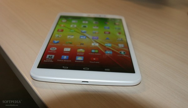 LG-G-Pad-8-3-Tablet-Hands-On-398174-13