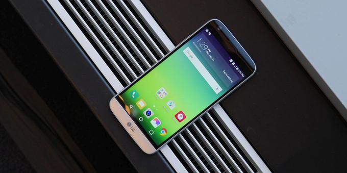 LG G5 با قابلیت اضافه کردن افزونه رونمایی شد