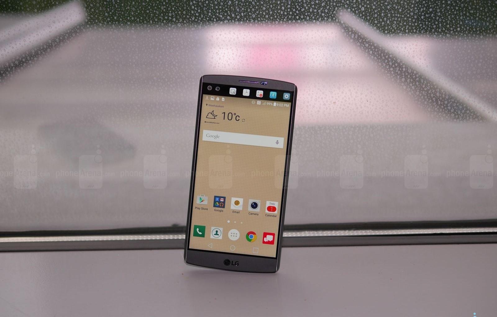 LG V10 دو صفحه نمایش، دو دوربین سلفی