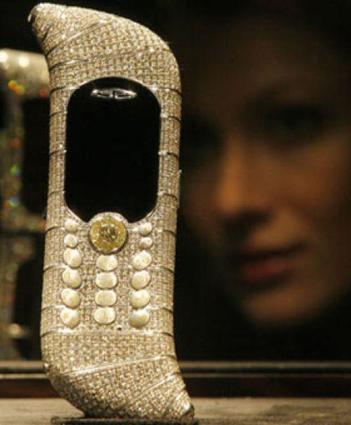 Le Million mobile phone 11