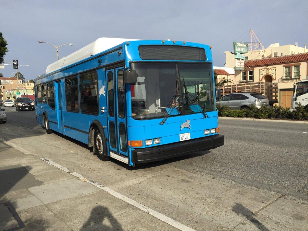 شروع به کار حرکت اتوبوس های لوکس شرکت Leap در سان فرانسیسکو