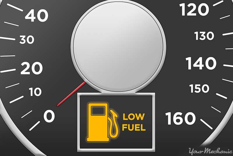 مضرات جدی رانندگی با بنزین کم