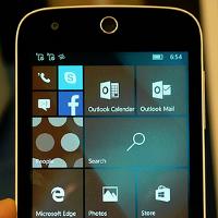Microsoft-Japan-holds-Windows-10-Mobile-event.jpg