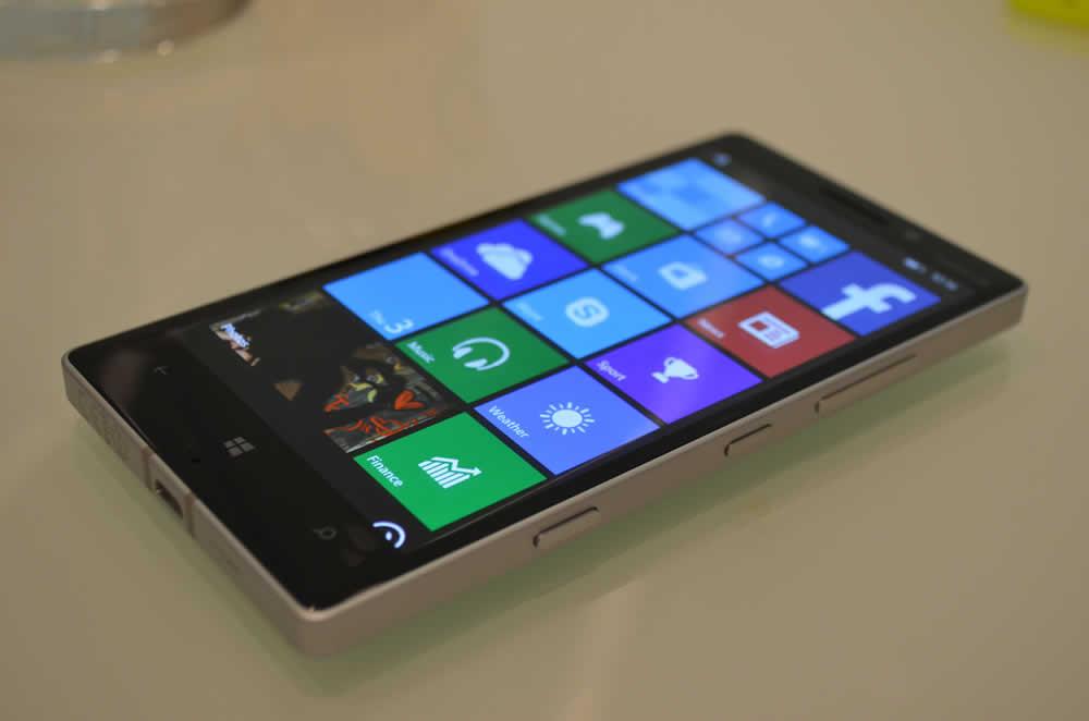 نقد و بررسی گوشی Nokia Lumia 930