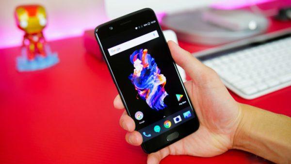 مقایسه OnePlus 5 با گلکسی اس ۸ سامسونگ؛ کدامیک برنده است؟