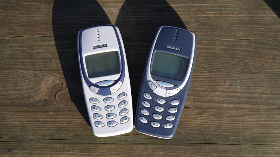 سفری به گذشته تلفنهای همراه؛ نوکیا ۳۳۱۰ بزرگترین گوشی تمام تاریخ!