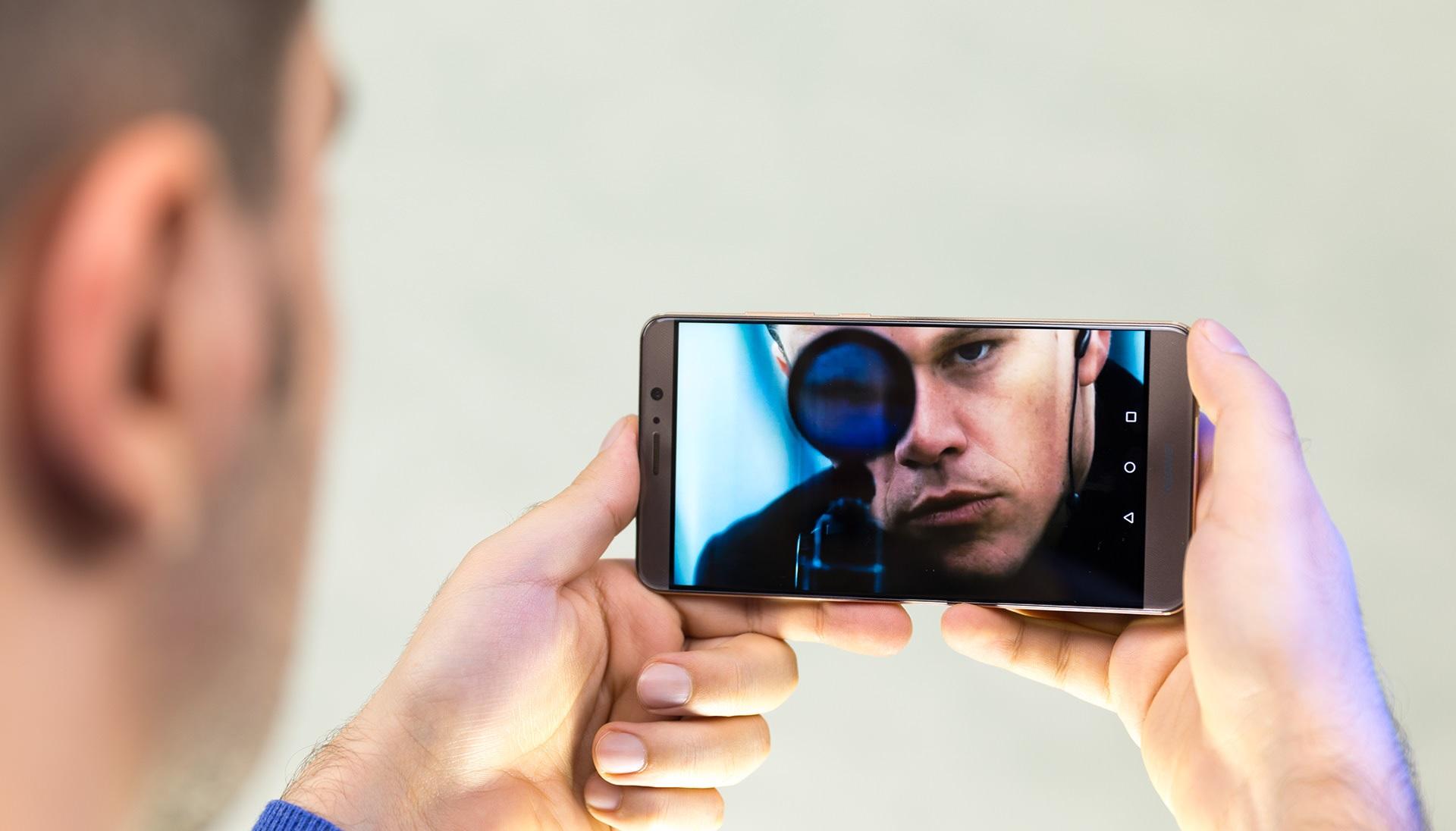 بررسی گوشی Huawei Mate 9