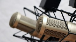 Podcasting-tips-with-cohosts-The-Audacity-to-Podcast-114-712x400