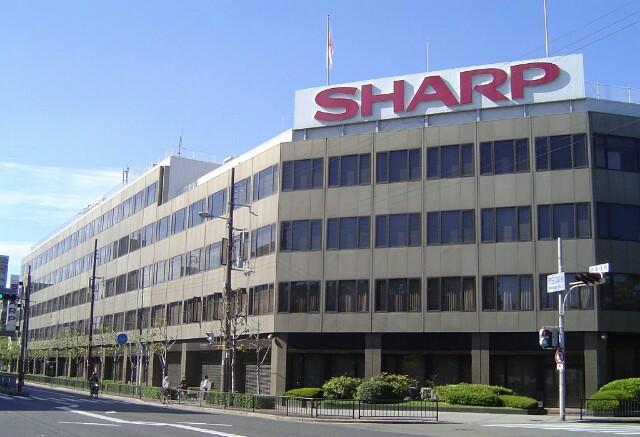 شارپ به دنبال فروش واحد تجاری  پنل های LCD تلفن های هوشمند و تبلت خود است