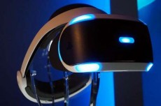 the-introduction-of-virtual-reality-headsets