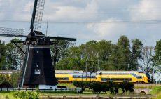 حرکت قطارهای هلند با باد