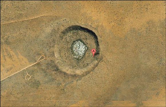 [تصویر: Wolf-Creek-Meteorite-Crater.jpg]