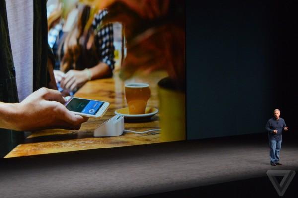 apple-iphone-watch-20160907-5380