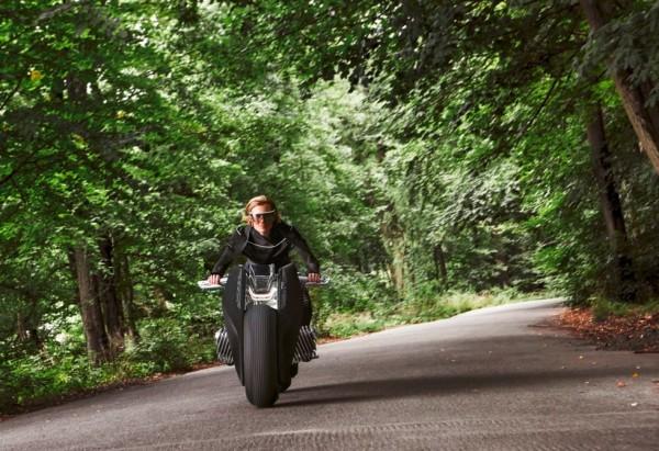 موتور سیکلیت مفهموی فوق مدرن BMW
