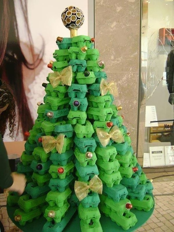 diy-egg-carton-christmas-tree