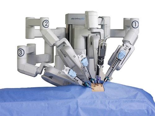 ربات های جراح داوینچی در ایران