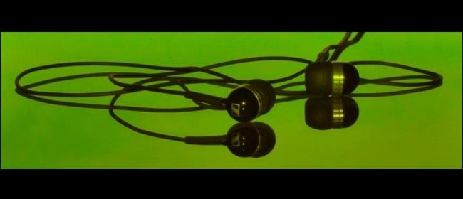 green-headphones