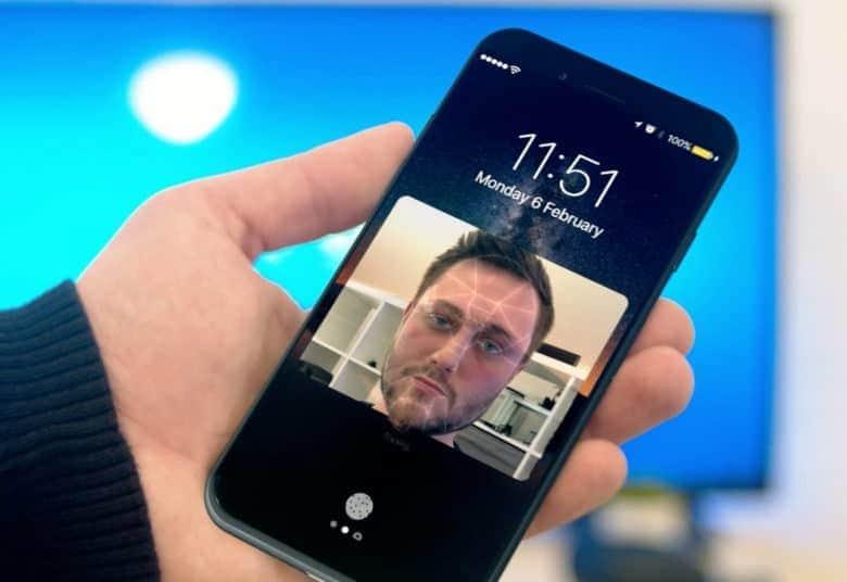 آیا می توان به قابلیت تشخیص چهره iPhone X اعتماد کرد؟