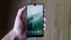 کم حاشیه ترین صفحه نمایش های سال 2017؛ اسنشال فون در صدر فهرست!